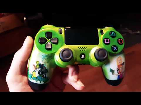 Rick and Morty - Custom Painted PS4 Controller
